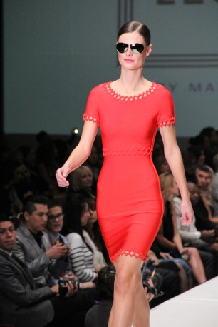 Fashion Houston - Bold Color Red
