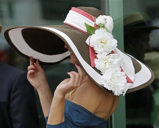 HAT - Kentucky Derby Brown