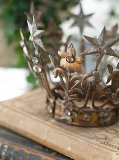 Crown Love