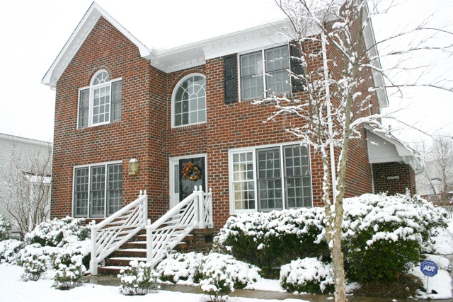 NC house in snow